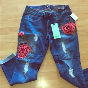 Charlotte Russe blue jeans w/embroidery rose NWT